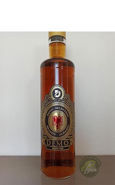 Demo Albanski konjak 0,5 l